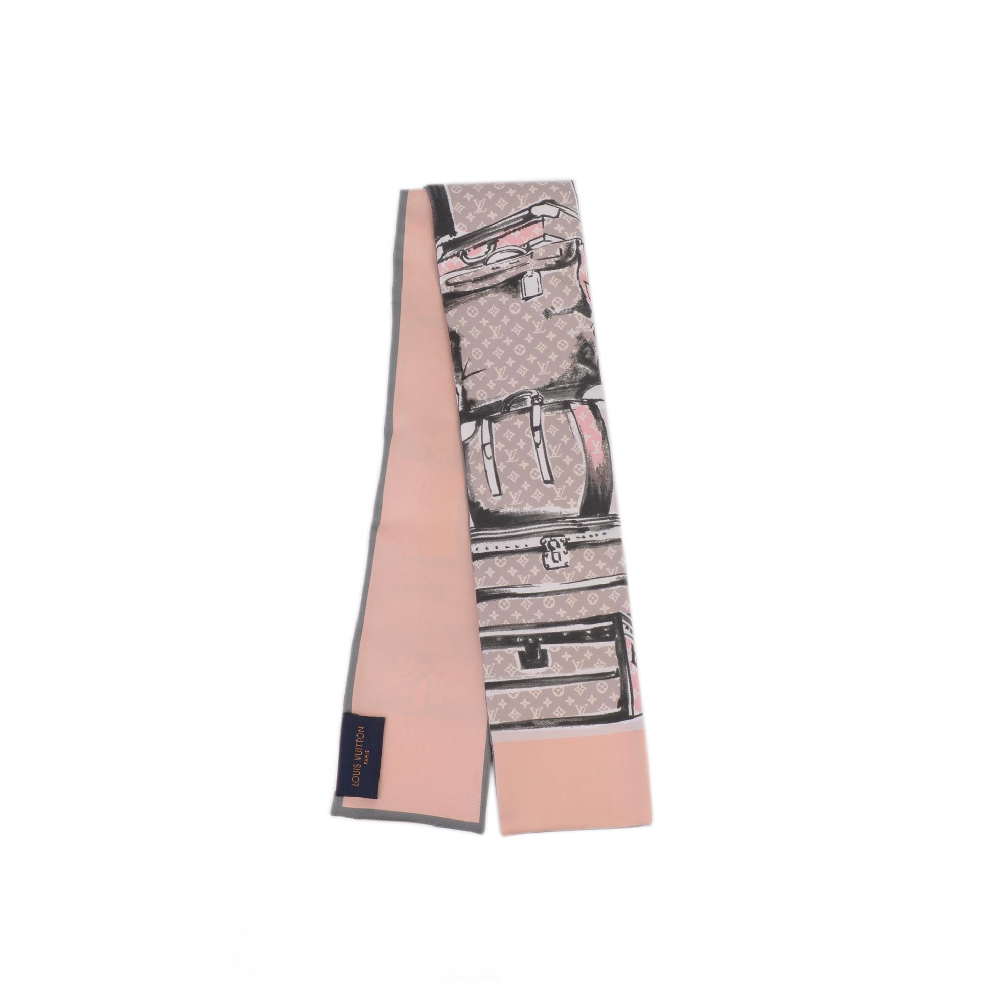 LV路易威登 粉色丝巾